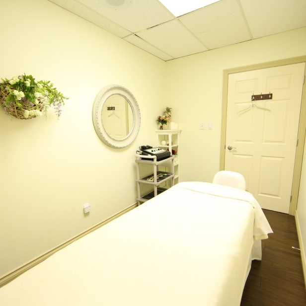 Treatment room-02